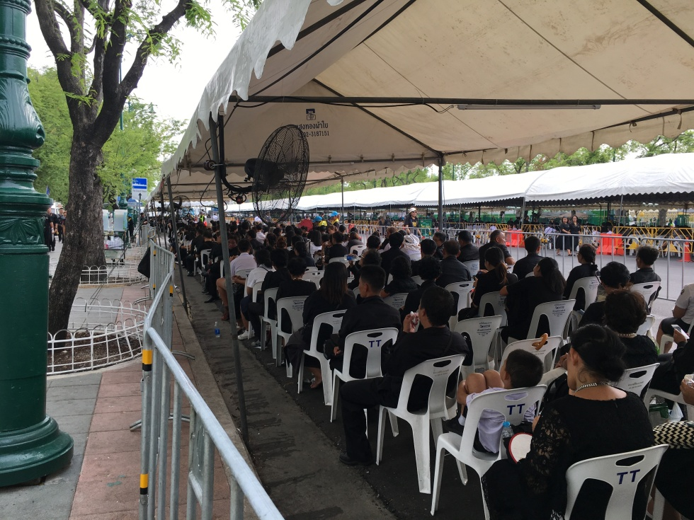 Mourners at Grand Palace